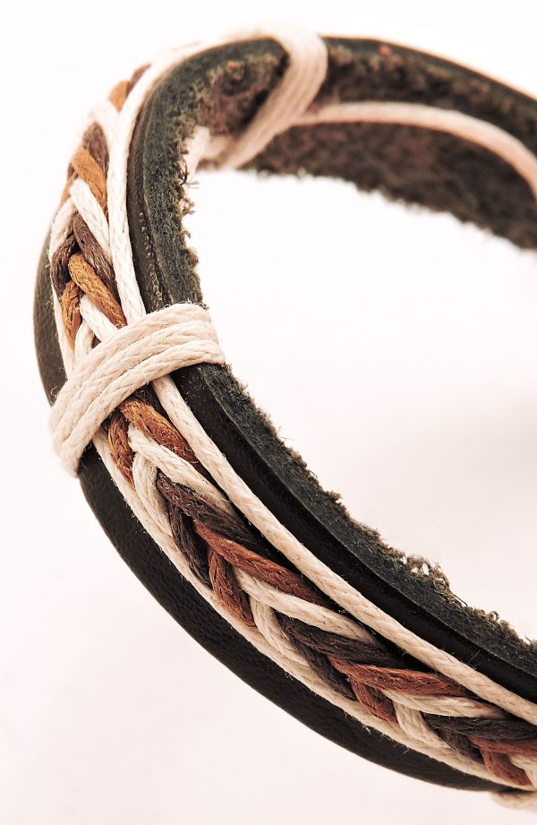 Bracelet en cuir et cordon pour homme couleurs claires