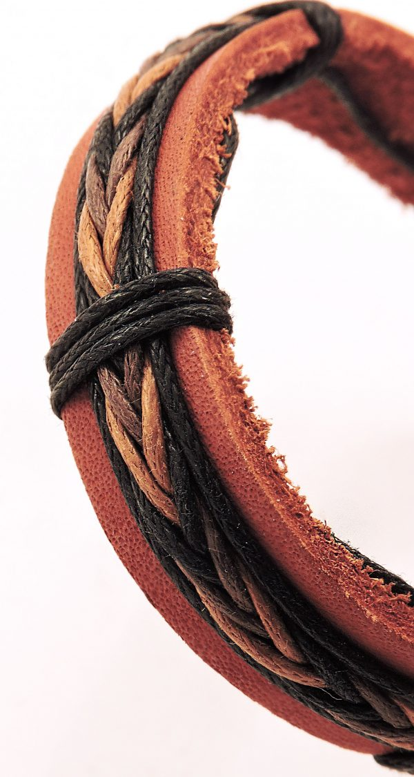 Bracelet en cuir et cordon pour homme couleurs foncées